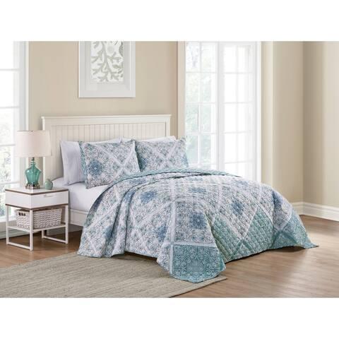 VCNY Home Blue Medallion Reversible Cotton Quilt Set
