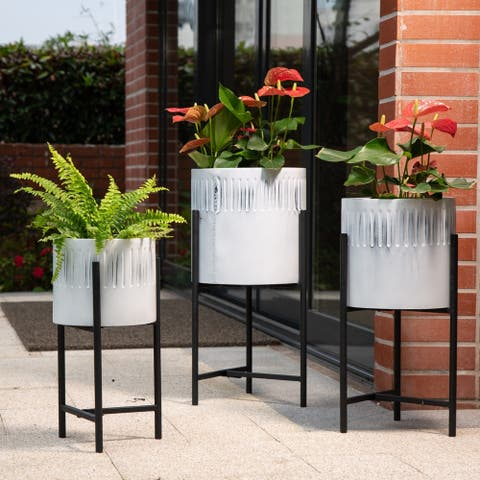 Glitzhome Set of 3 Washed White Metal Plant Stands