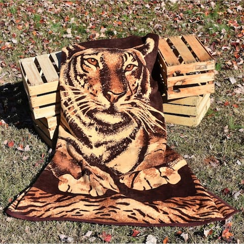 IBENA Jacquard Woven Tiger Throw Blanket