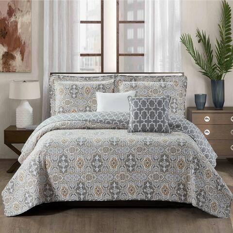 Porch & Den Spratt Floral Trellis Pattern Microfiber 5-piece Quilt Set