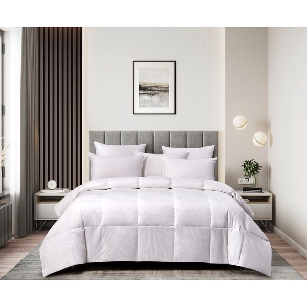 kathy ireland 260 Thread Count Light Warmth White Goose Feather and Down Fiber Comforter