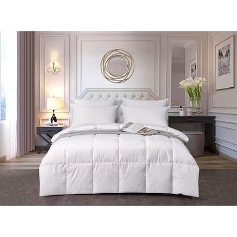 kathy ireland 330 Thread Count Light Warmth White Down Fiber Comforter