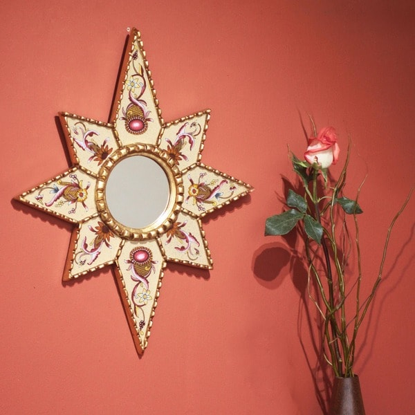 Handmade 'Star of Love' Cedar Mirror (Peru)