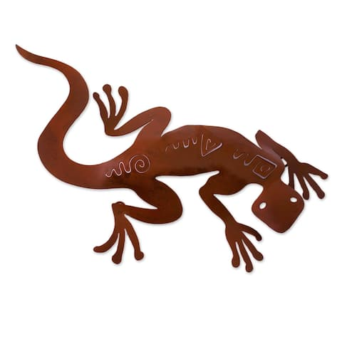 Spying Gecko Indoor Outdoor Patio Decorator Accent Rustic Brown Iron Cutout Animal Metal Wall (Mexico)