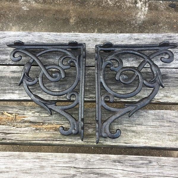 Set of 2 Cast Iron Garden Braces Rustic Antique Style Decorative Shelf Brackets