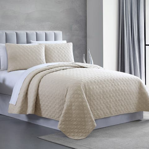 Modern Threads 3-Piece Enzyme Washed Diamond Link Quilted Coverlet Set