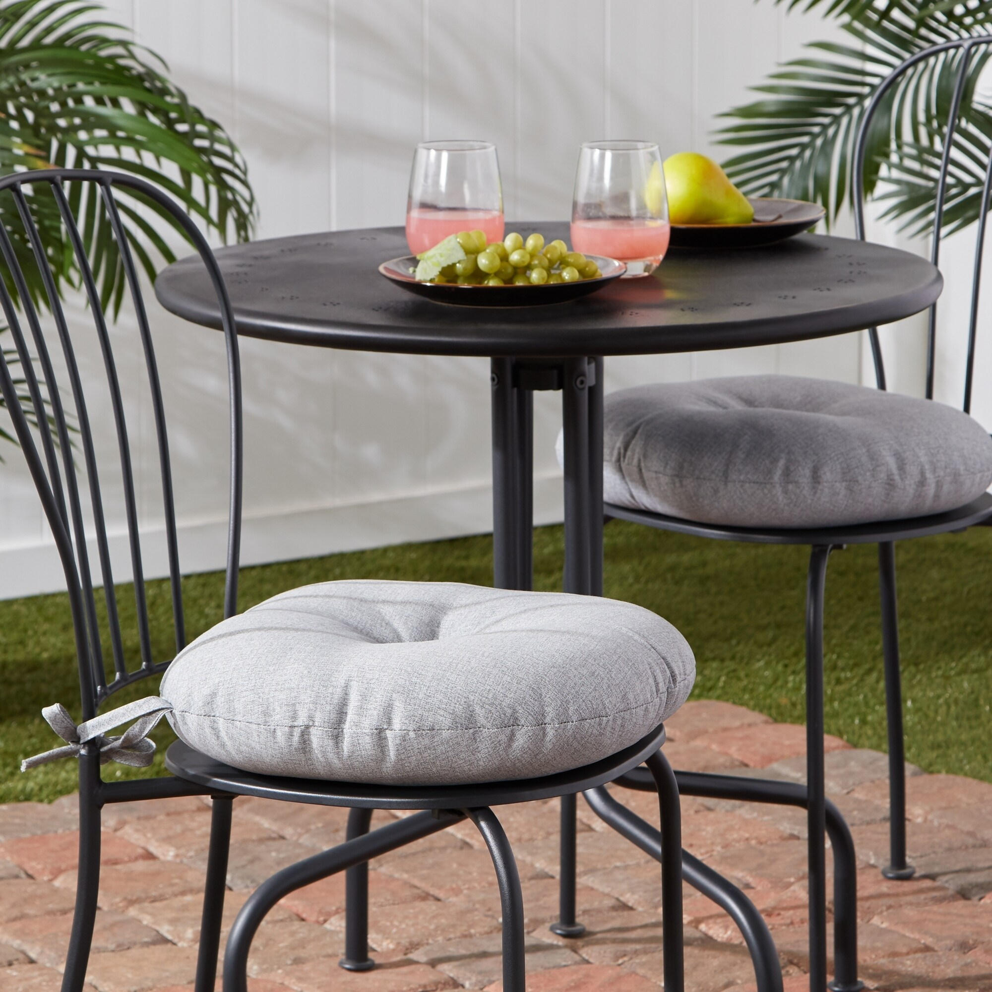 Picture of: Palm Leaves White Outdoor 15 Inch Bistro Chair Cushion Set Of 2 Overstock 30757669