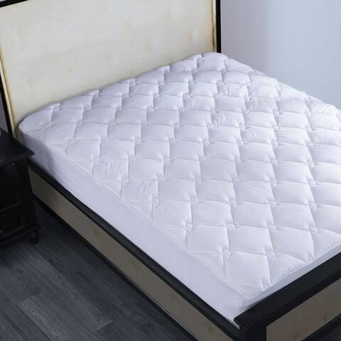 Porch & Den La Mirada White Cotton Diamond Quilted Down Alternative Mattress Pad