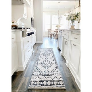 Link to My Texas House by Orian South by Silver Similar Items in Transitional Rugs