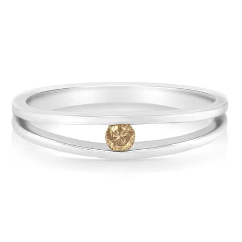 10K White Gold 1/10ct TDW Champagne Diamond Solitaire Band Ring (Champagne, SI2-I1)