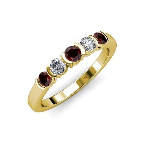 Trijewels Red Garnet Diamond 3/4 ctw Bezel Set Wedding Band 14KY Gold