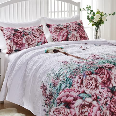 Porch & Den Jewell Birdhouse and Floral Oversized Quilt Set with Embroidered Songbirds
