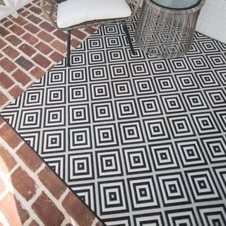 Amador Textured Geometric Outdoor Area Rug