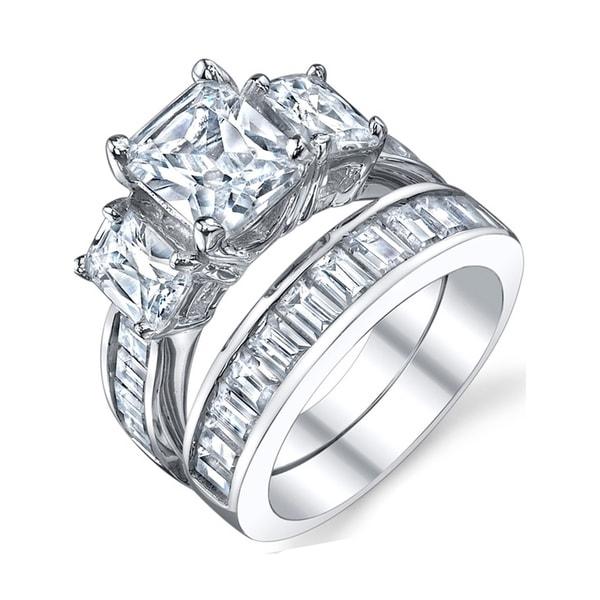 8 Baguette cut Cubic Zircons set in 925 Sterling Silver wedding band finger size 5 34