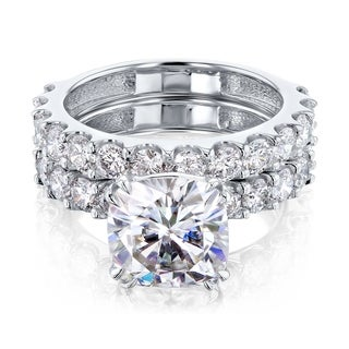 Link to Annello by Kobelli 14k Gold 4-5/8ct TGW Cushion Moissanite and Natural White Diamond Shared U-Prong Bridal Set (FG/VS, HI/I) Similar Items in Rings