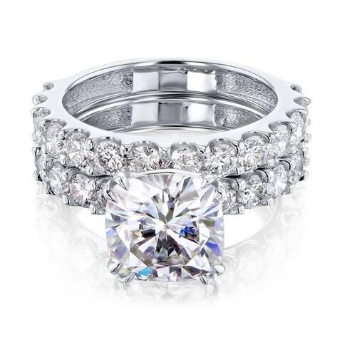 Annello by Kobelli 14k Gold 4-5/8ct TGW Cushion Moissanite and Natural White Diamond Shared U-Prong Bridal Set (FG/VS, HI/I)