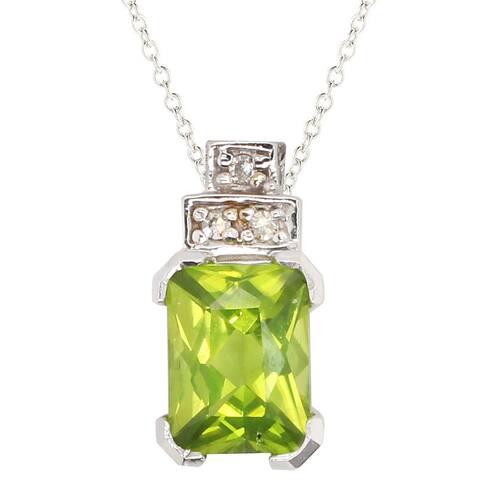 Gems en Vogue 10k White Gold Peridot & Diamond Pendant