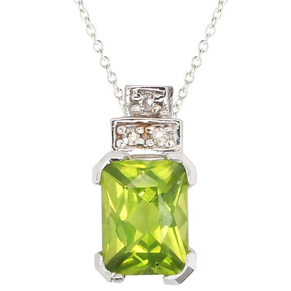Gems en Vogue 10k White Gold Peridot & Diamond Pendant