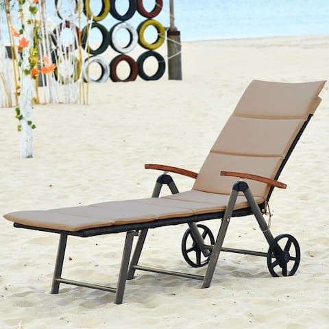 Outdoor Rattan Lounge Chair Folding Patio Chaise Chair with Wheels
