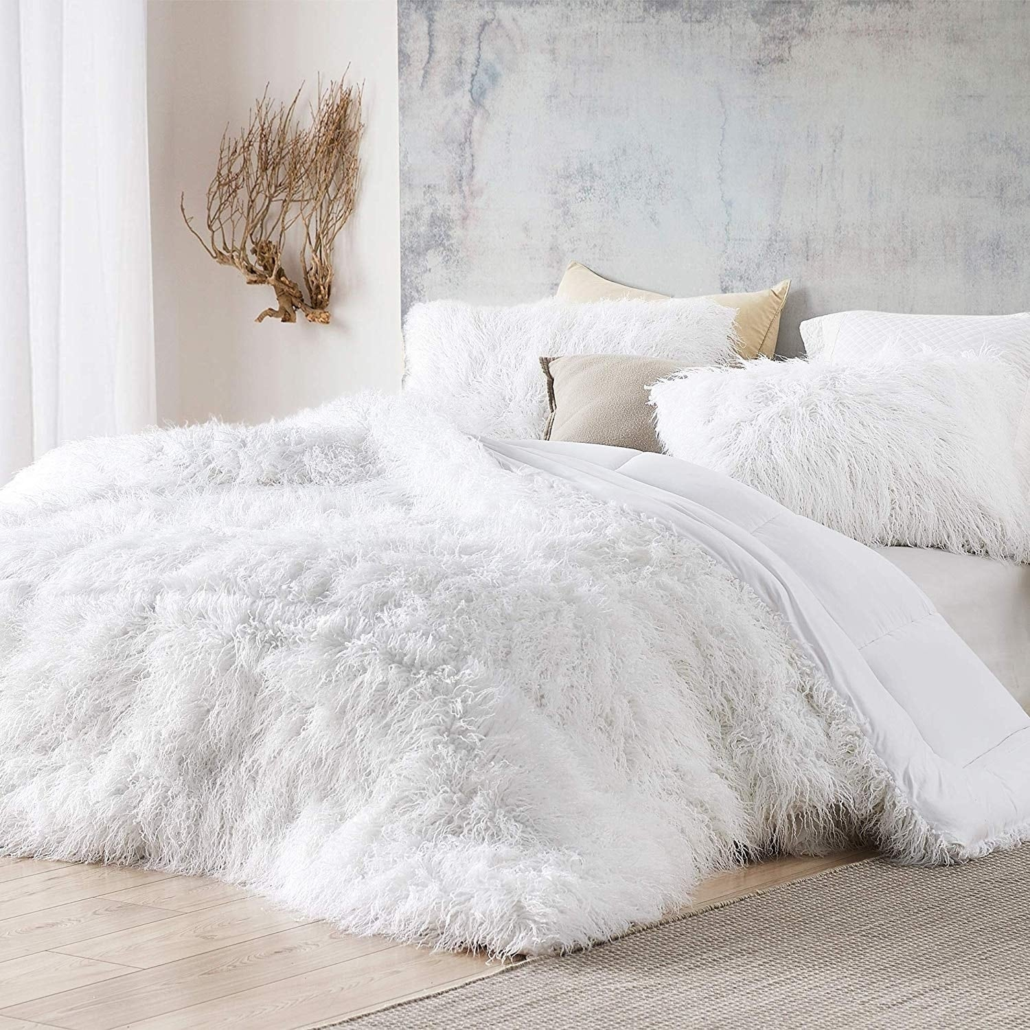 The Bare Himalayan Yeti Coma Inducer Oversized Comforter Pure White Shams Not Included On Sale Overstock 30969240