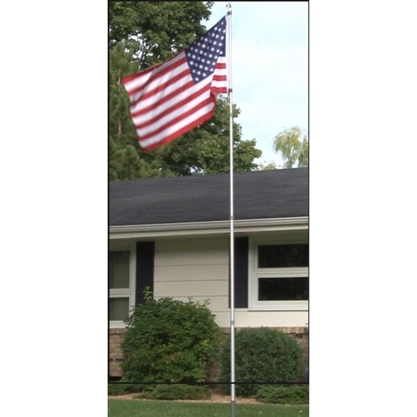 16' Flagpole with 3'x5' American Flag