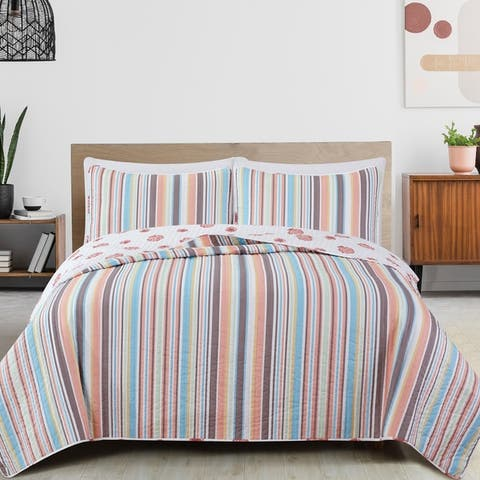 Great Bay Home Key Largo Coastal Beach Reversible Quilt Set
