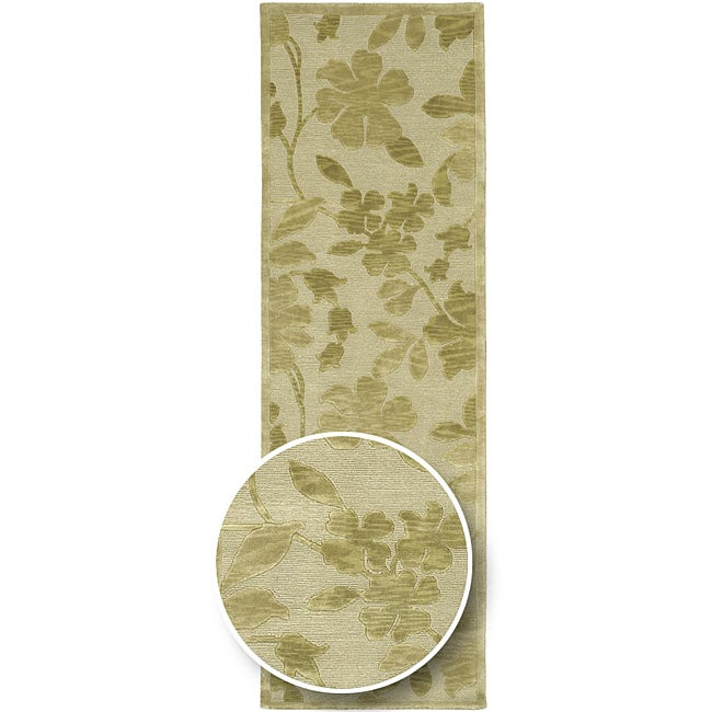 Hand-knotted Green/Beige Floral Karur Semi-Worsted Wool Runner Area Rug - 2'6 x 10'