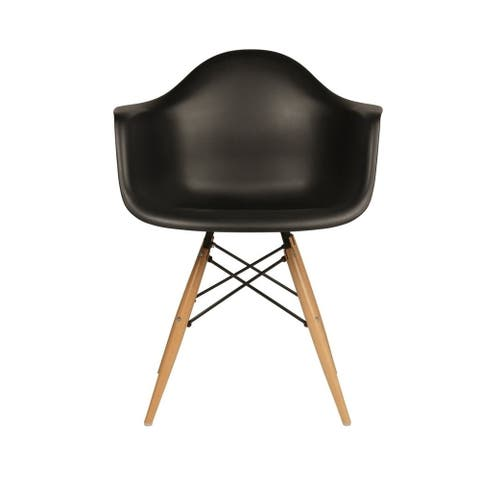 kids chair made of Polypropylene seat with durable wooden legs - Black