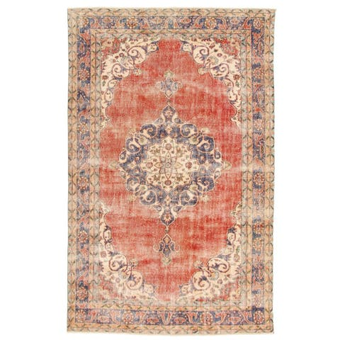 """Hand-knotted Anatolian Vintage Red Wool Rug - 6'9"""" x 10'6"""""""