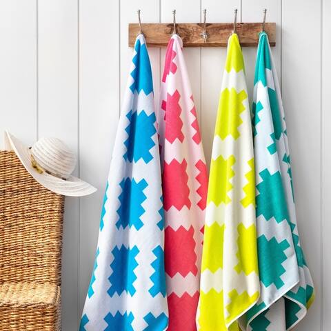 Martha Stewart 2-Piece Riviera Geometric Beach Towel Set