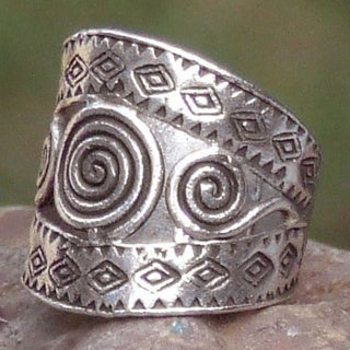 Bedazzled Hill Tribe Spirals with Geometric Cutouts 925 Sterling Silver Handmade Adjustable Womens Band Ring (Thailand)