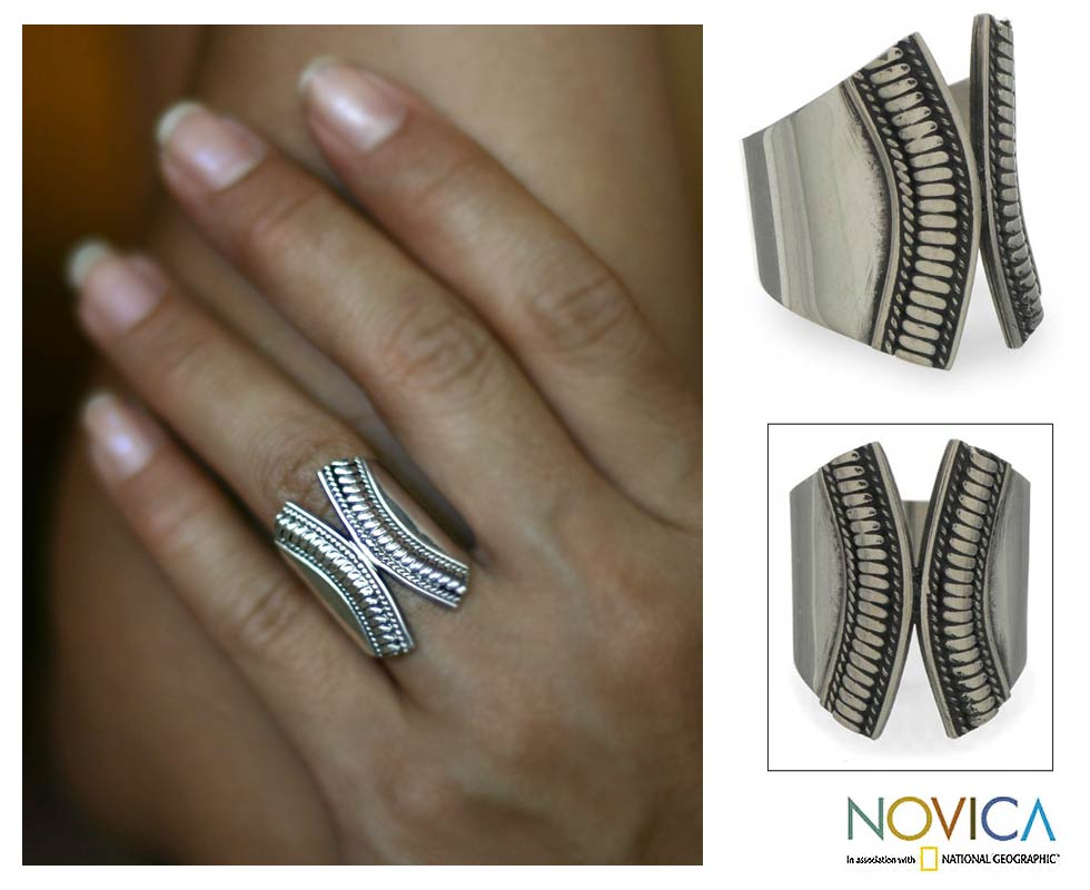 Sterling Silver 'Encounters' Ring (Indonesia)