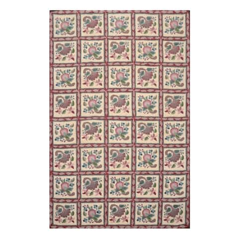 Hand Hooked Floral Ivory,Burgundy Wool Oriental Area Rug (5'5''x8'5'') - 5' x 8'