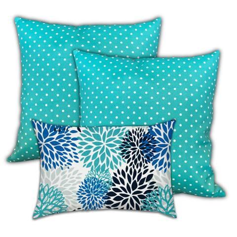 Aqua Sea Life Indoor/Outdoor, Zippered Pillow Cover, Set of 2 Large & 1 Lumbar