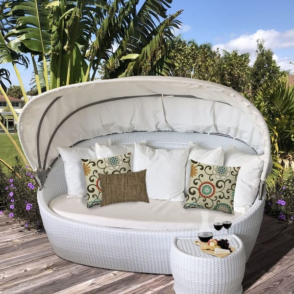 Peaches And Cream Indoor Outdoor Pillow Set Of 2 Large 1 Lumbar Pillow On Sale Overstock 31219663