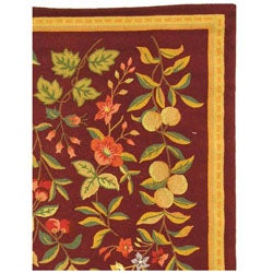Safavieh Hand-hooked Botanical Burgundy Wool Rug (6' x 9') - Thumbnail 2