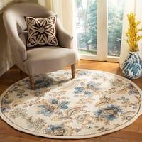 Safavieh Hand-hooked Garden Ivory Wool Rug - 4' x 4' Round