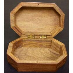 Handmade Bulwark Box (India) - Thumbnail 1