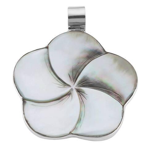 Handmade Sterling Silver Mother of Pearl Flower Pendant (Bali)