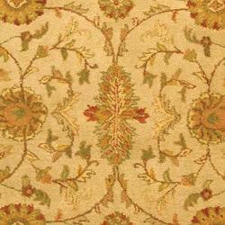 Safavieh Handmade Antiquities Kashan Ivory/ Beige Wool Rug (8'3 x 11')