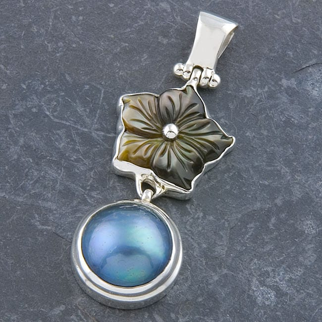 Silver Tahitian Pearl and Mother Of Pearl Pendant (Indonesia)