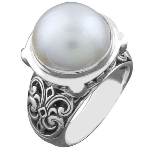 Handmade Sterling Silver Mabe Pearl Cawi Ring (Bali)