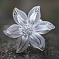 Tiger Lily Romantic Lace Like Feminine Large Single Flower Vintage Look 925 Sterling Silver Filigree Womens Brooch (Indonesia)