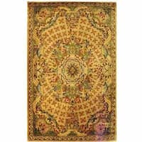 Safavieh Handmade Classic Empire Taupe/ Light Green Wool Rug - 5' x 8'