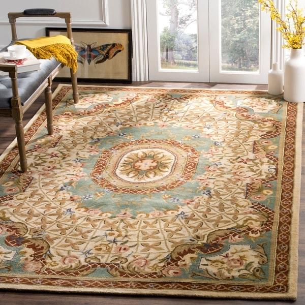 Safavieh Handmade Classic Empire Light Blue/ Ivory Wool Rug - 9'6 x 13'6