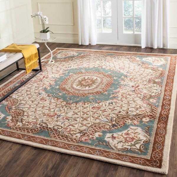 Safavieh Handmade Classic Empire Light Blue/ Ivory Wool Rug - 8'3 x 11'