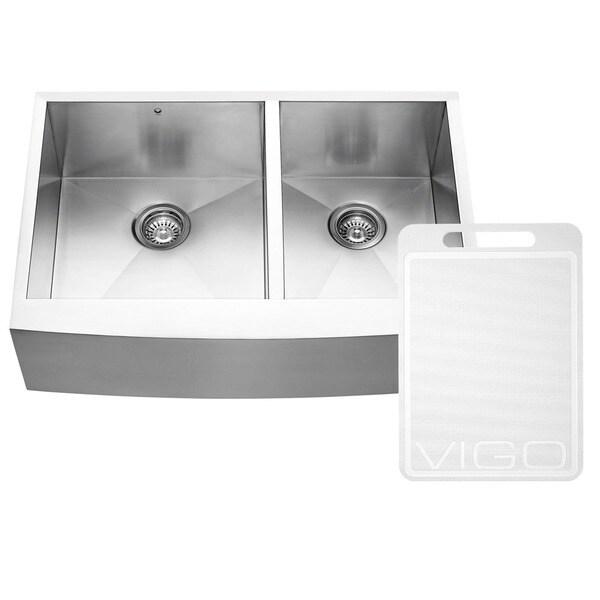 VIGO 33-inch Farmhouse Stainless Steel 16 Gauge Double Bowl Commercial-Grade Kitchen Sink