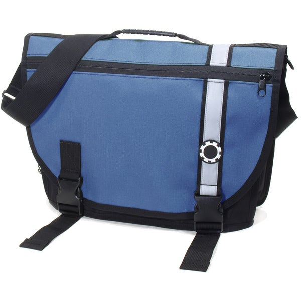 dadgear courier diaper bag retro stripe blue free shipping today oversto. Black Bedroom Furniture Sets. Home Design Ideas