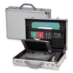 Solo 17.3-inch Laptop Hard-sided Aluminum Attache Case with Combination Locks|https://ak1.ostkcdn.com/images/products/3202372/Solo-Classic-Collection-Aluminum-17-Laptop-Attache-P11321481.jpg?impolicy=medium