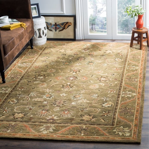 Safavieh Handmade Antiquities Kasadan Olive Green Wool Rug - 7'6 x 9'6